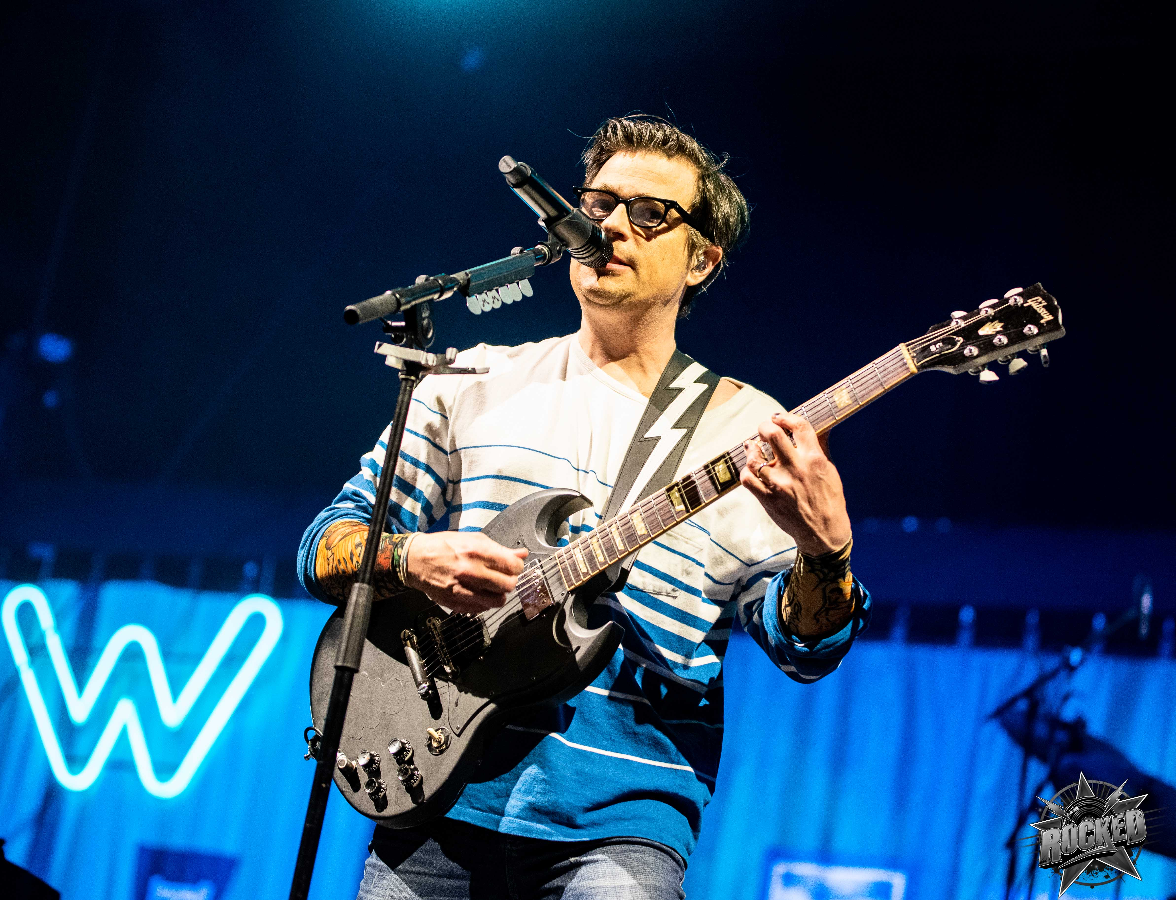 Weezer Teal Archives - Rocked